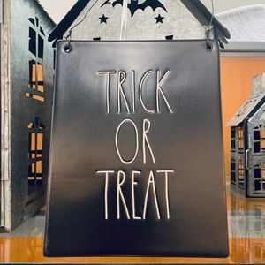 Rae Dunn Trick Or Treat Sign